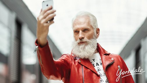 Just In: Fashion Santa takes Toronto & Internet by Storm