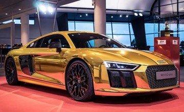"""Audi R8 """"Goldenes Lenkrad"""""""