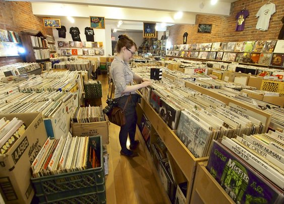 Why I've Fallen Out of Love With Vinyl Record Shopping | L.A. Weekly