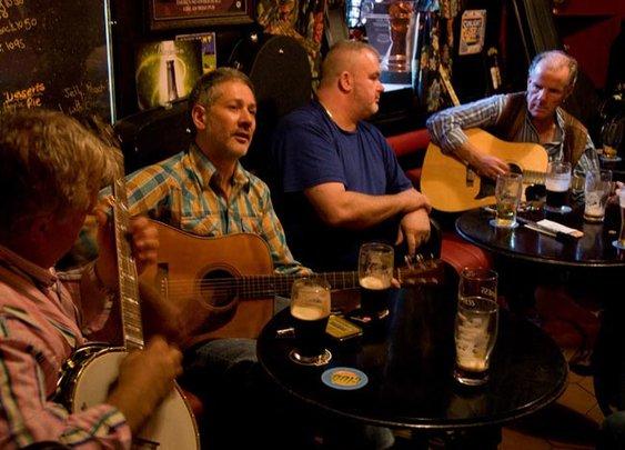 Top ten greatest Irish drinking songs (VIDEOS) - IrishCentral.com