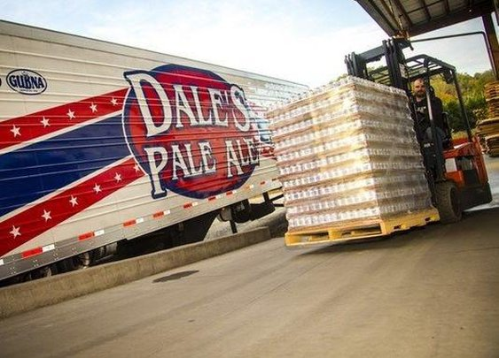 Oskar Blues sent 50,000 cans of water to Flint, Mich.