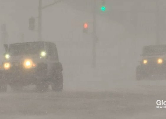 Jeep Club Volunteers Drive Hospital Workers During Winter Storm - Good News Network