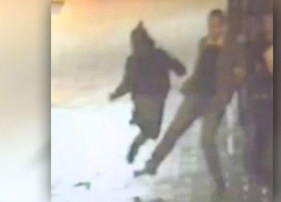 Anonymous hero casually trips suspect running from cops | Fox News Video