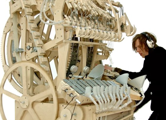 Wintergatan - Marble Machine (music instrument using 2000 marbles) - YouTube