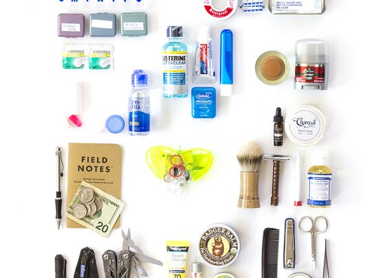 35 Essentials You Should Always Have in Your Dopp Kit