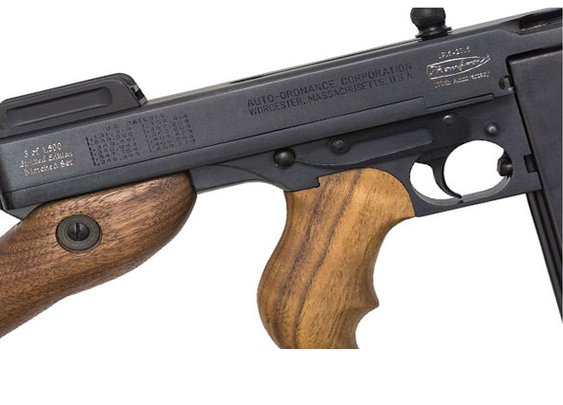 A boxed set for the 100th anniversary of the Chicago Typewriter