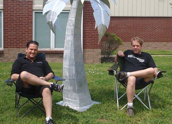 palm tree sculpture�