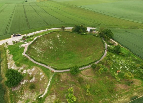 Son of a bus mechanic preserves hallowed crater from WWI