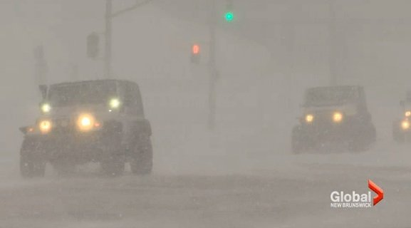 Jeep Club Volunteers Drive Hospital Workers During Winter Storm | Good News Network