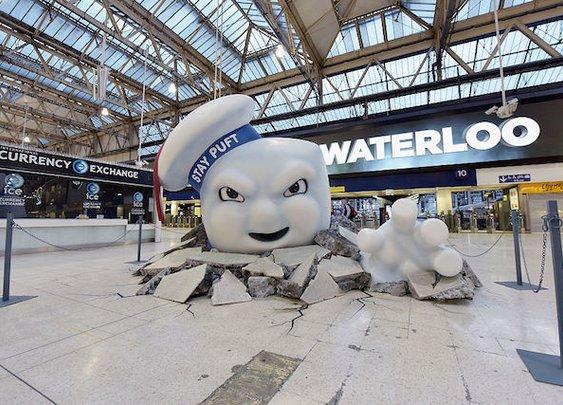 Stay Puft Marshmallow Man Attacks London's Waterloo Station