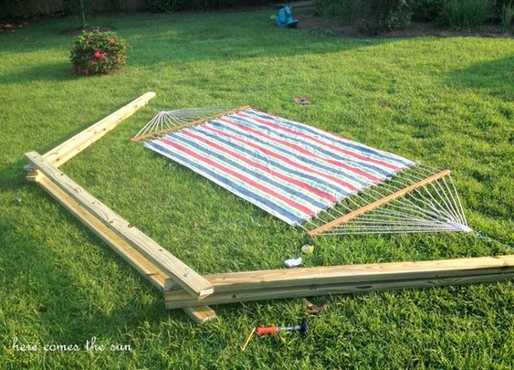 Make This: Build A DIY Hammock Stand This Weekend
