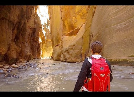 Hiking the Zion Narrows - Zion National Park