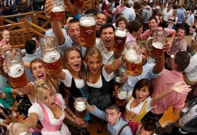 Girls of Oktoberfest