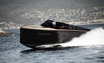 The Evo 43 Yacht is a Luxury Boat for James Bond