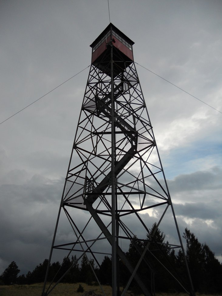 Life as a fire lookout — High Country News