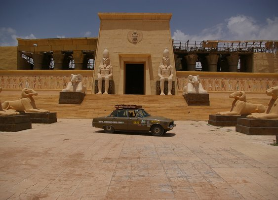 Morocco in a 1975 Rover P6 | Expedition Portal