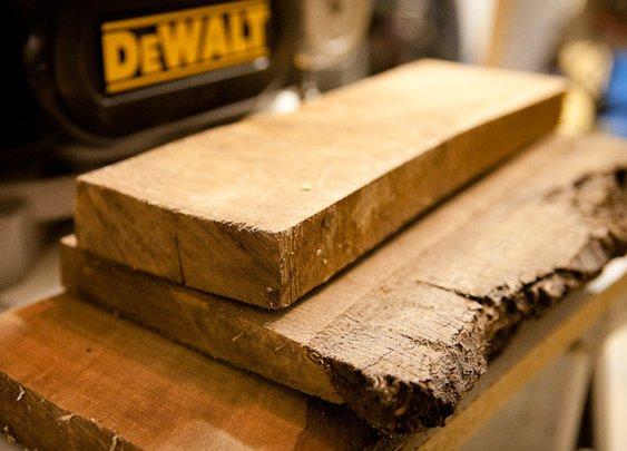 How to: Make A Custom Rough-Cut Lumber Beer Flight Set