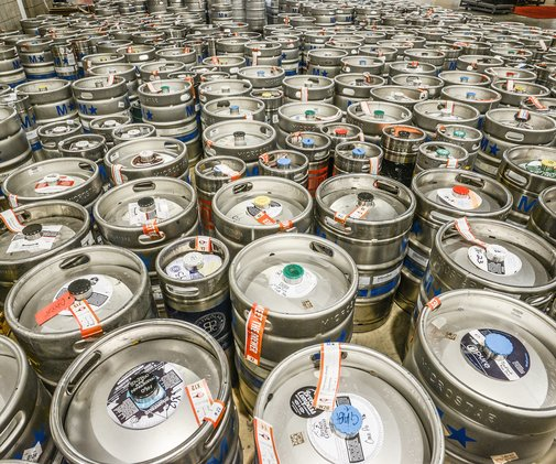 6 Beer Trends to Look Out for in 2017 - Bon Appétit