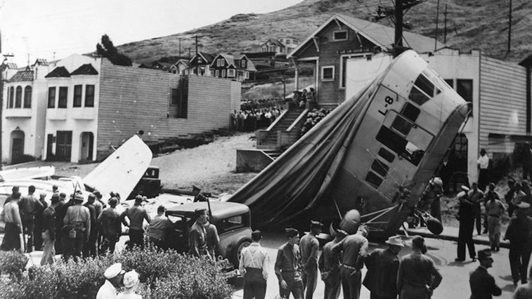 The 1942 Ghost Blimp That Bewildered a California Town