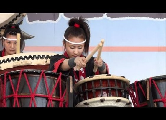 Mt.Fuji Taiko Festival (Japanese high school drummers)