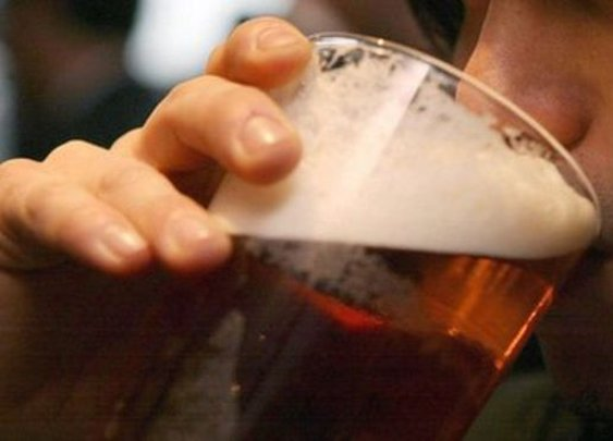 BBC News - Beer taste excites male brain