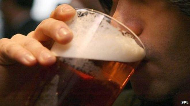 BBC News - Beer taste excites male brain
