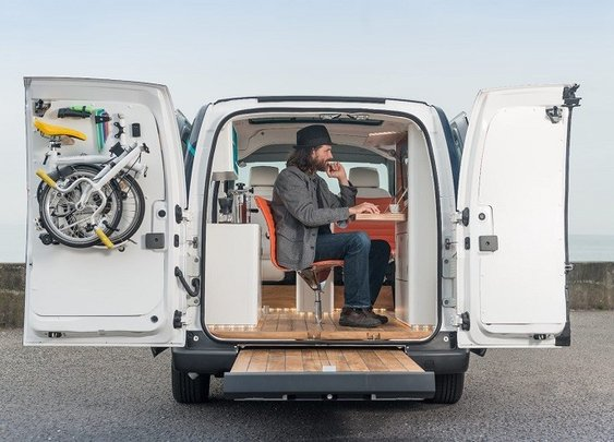 Nissan E NV200 WORKSPACe – office on wheels.