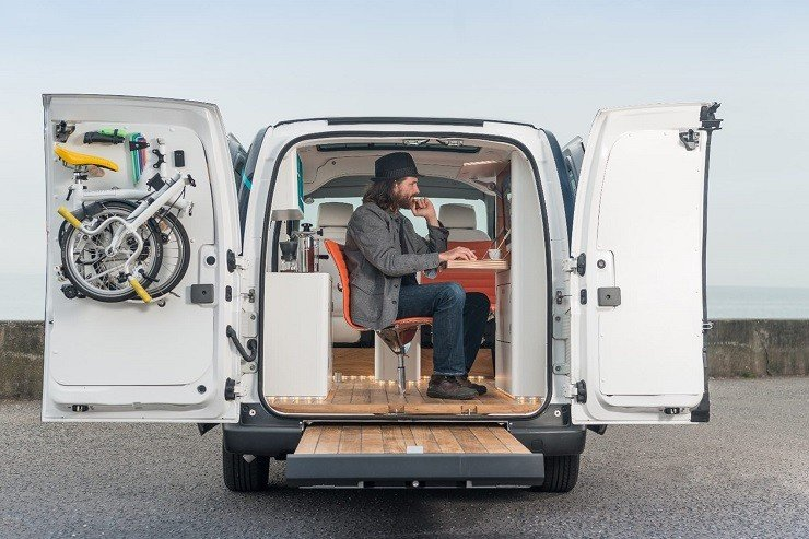 Nissan E NV200 WORKSPACe – office on wheels.