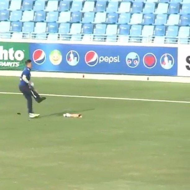 Cricketer loses leg, still makes the play