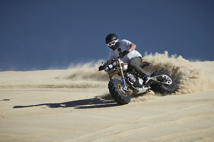 A Boss-Looking Bike for the Big Boys - Classified Moto Honda XR650L | Man of Many