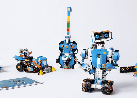 Lego Boost is going to turn all your Lego toys into programmable robots - CNET