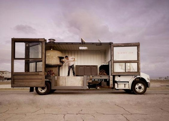The $180,000 Del Popolo Pizza Food Truck