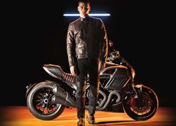 Ducati and Diesel Rejoin for Limited Edition Diavel