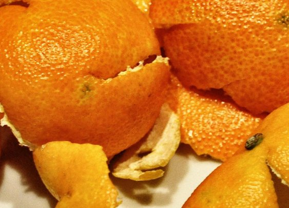 Eating Oranges in the Shower Is the Self-Care You Didn't Know You Needed
