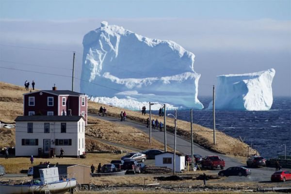 150-foot Tall Iceberg Spotted in Newfoundland