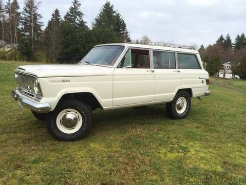 1968 Jeep Super Wagoneer 4×4 |  Bring a Trailer