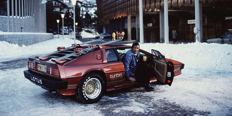 Roger Moore's Best Bond Cars