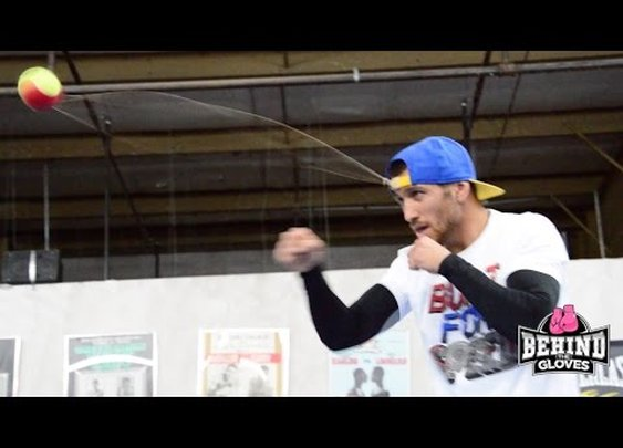 Ukrainian boxer (Vasyl Lomanchenko) exhibits cuckoo-pants accuracy
