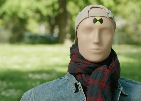 #adopteunmannequin: The New Funny Campaign From Volvo Car France