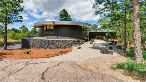 '70s spaceship-like house with views wants $925K in Colorado