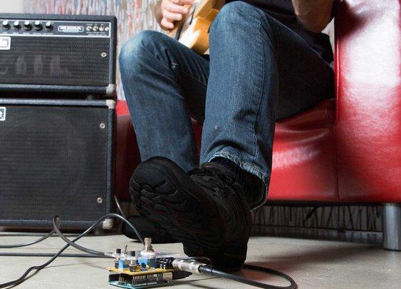 Build an Arduino Guitar Pedal Stompbox