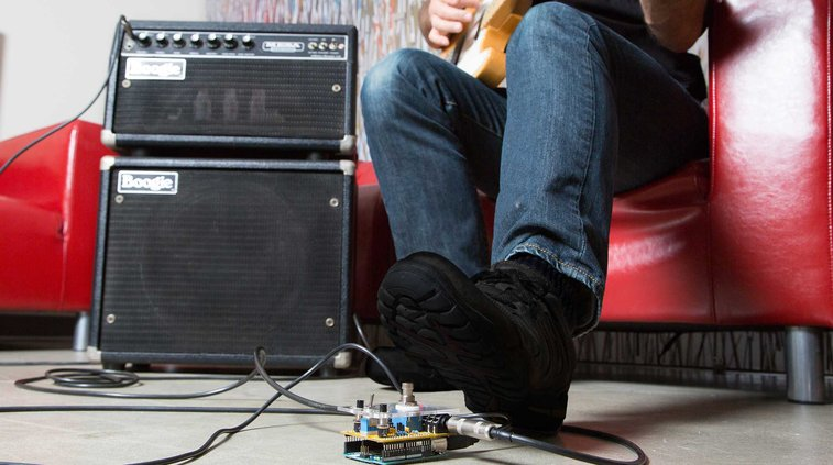 Build an Arduino Guitar Pedal Stompbox