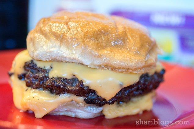 Copycat Steak-n-Shake Garlic Cheese Burger