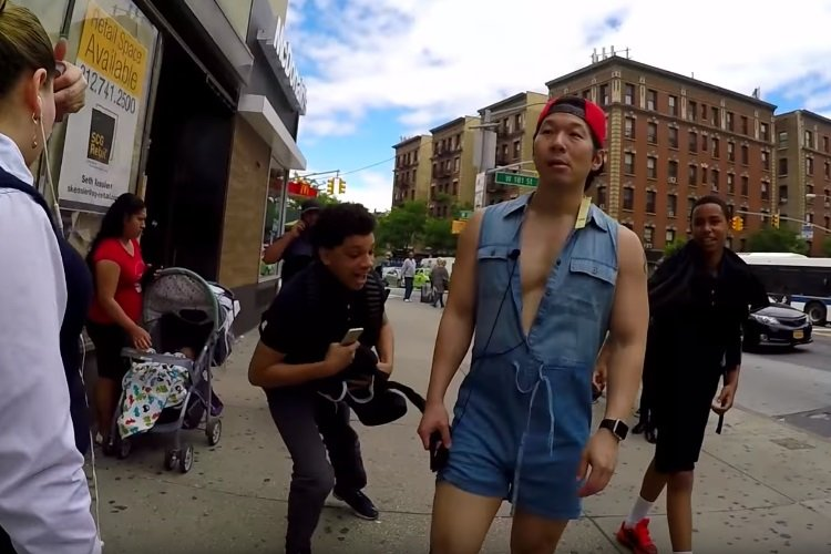 This Guy Hit Up NYC's Most Dangerous Neighbourhoods Wearing a Romper | Man of Many