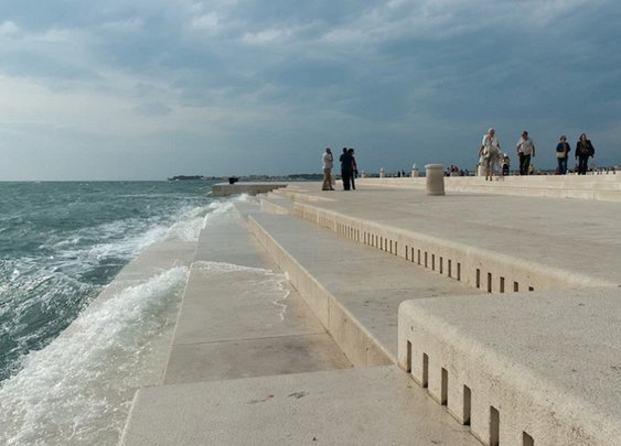 Waterfront Step Organ in Croatia Turn Waves into Tunes