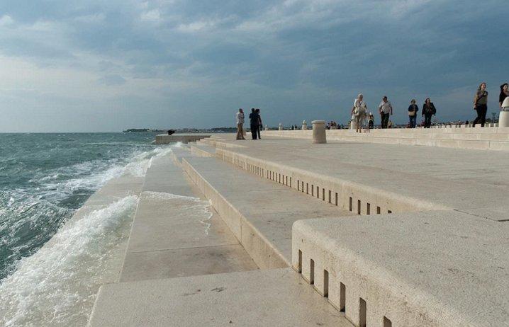 Waterfront Step Organ in Croatia Turn Waves into Tunes