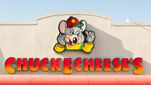 Chuck E. Cheese is phasing out its animatronic bands