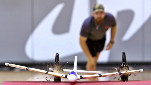 Airplane Trick Shots