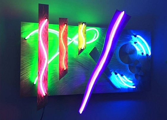 neon art by neon artist Tony Viscardi has created a beautiful neon sculpture in multi colored neon lights
