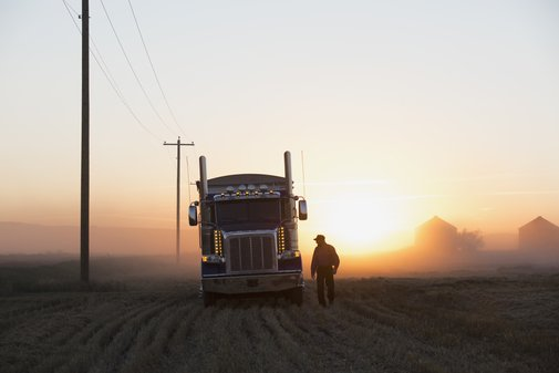 A High-End Mover Dishes on Truckstop Hierarchy, Rich People, and MobyDick